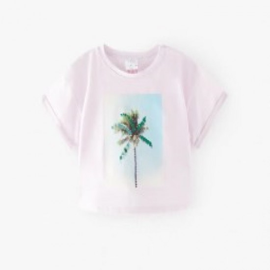 T-shirt with rounded collar and short sleeves