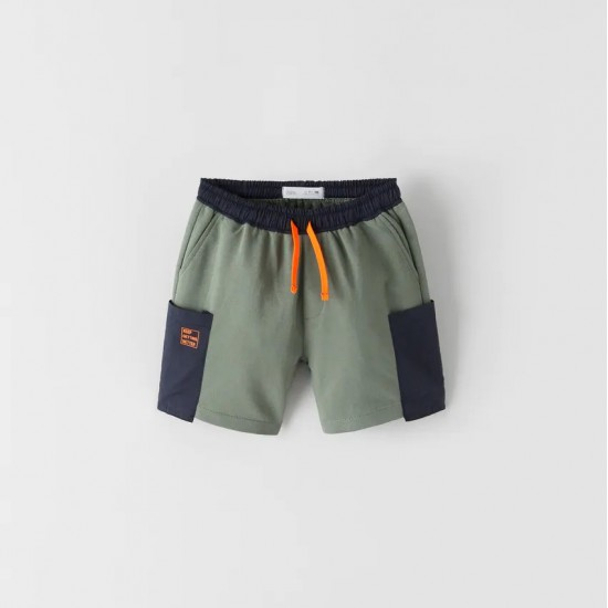 Bermuda Shorts With Contrasting Pockets