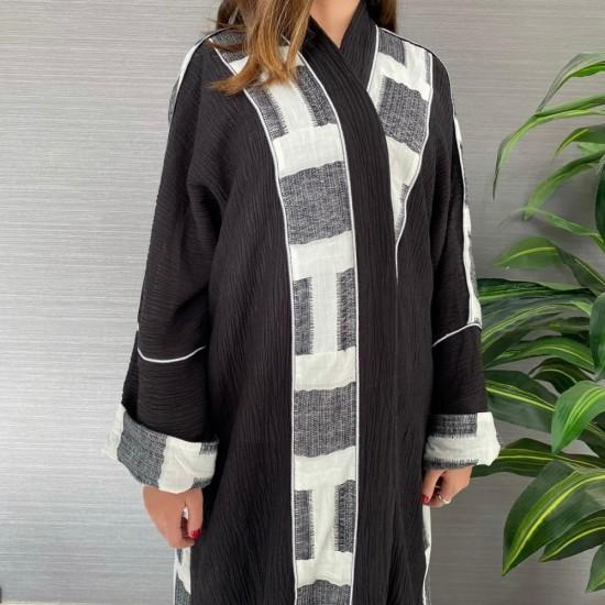 Black and White Women's Abaya